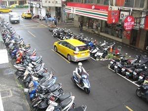 これぞ台湾の交通事情