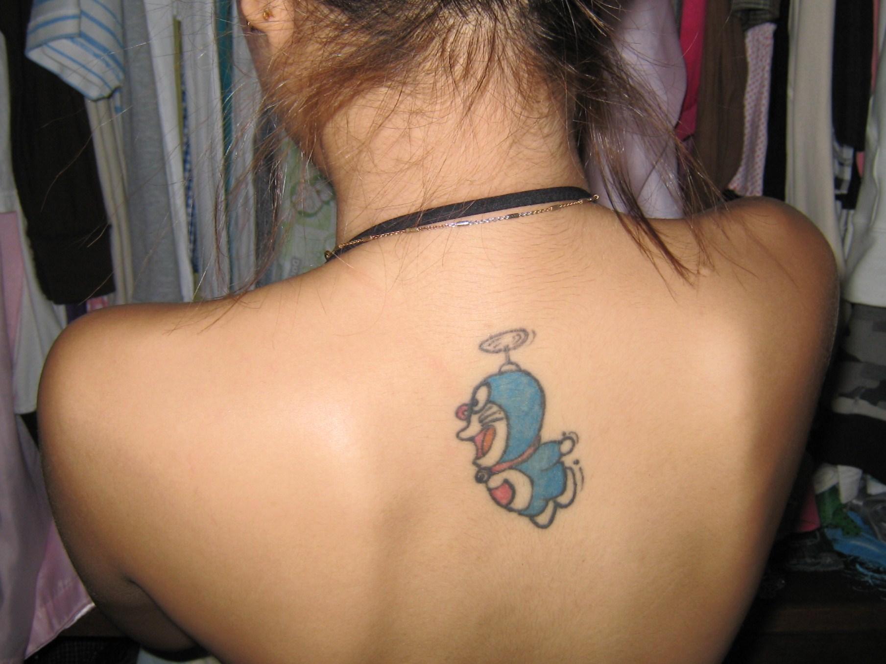 刺青のあるキャバ嬢