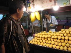 マンゴーを買う