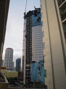 2153「建築中の高層ホテル」