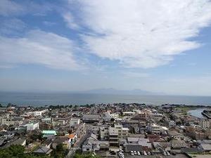 海の向こうは熊本