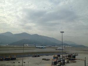香港空港で