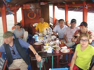 船上の宴会