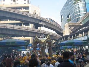 昨年8月に爆弾テロがあったエラワン廟