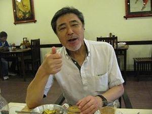 ベトナム風朝食にご満悦