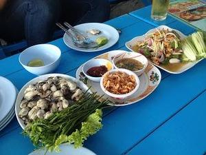 牡蠣とソムタム