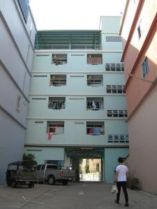 2151「アパート」