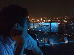 夜景を眺めて