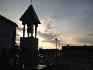 美瑛駅前の鐘