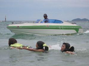 2009「海泳ぐ」