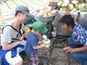 ココナッツを呑む