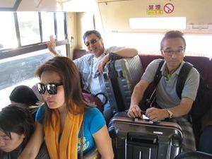バスは日本からの寄贈