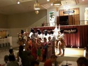 2461タイ舞踊と記念撮影