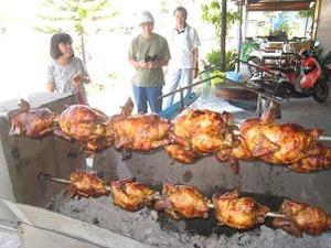 ここだけの特産鶏の丸焼き