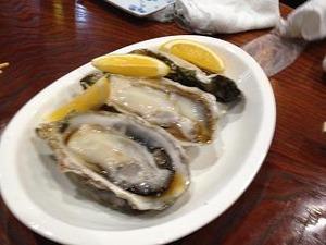 プリップリの厚岸の牡蠣