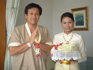 2109「タイ正月の朝」