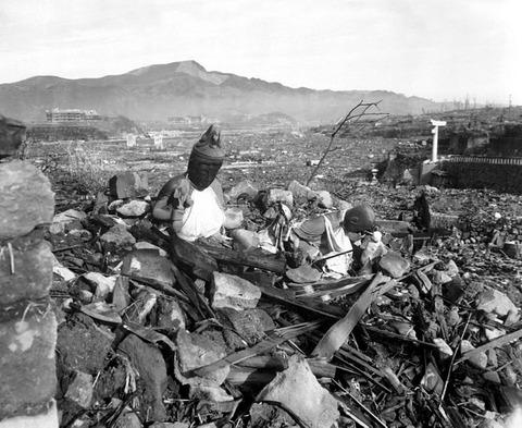 731px-Nagasaki_temple_destroyed