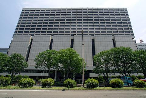 160422_Tokyo_High_Court_Building