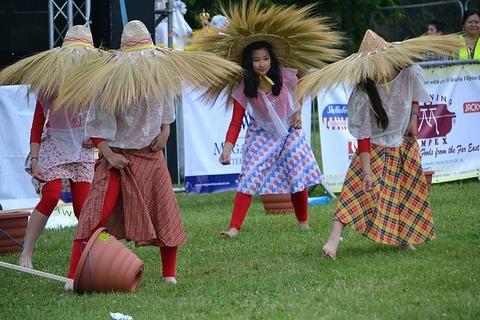 philippines-festival-1312613_640