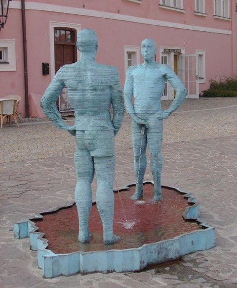 weirdest_outdoor_sculptures_on_the_planet_640_17