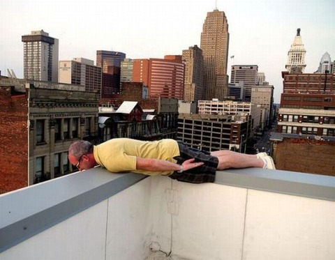 extreme_and_dangerous_planking_640_06