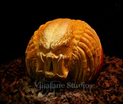 the_most_outrageous_pumpkin_carvings_ever_640_02