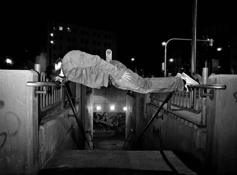 extreme_and_dangerous_planking_640_14