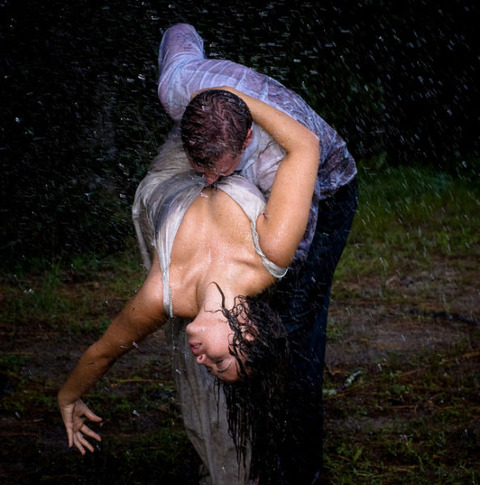 extreme_and_wet_wedding_photography_640_09
