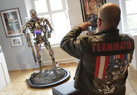 a_museum_dedicated_to_the_terminator_640_12