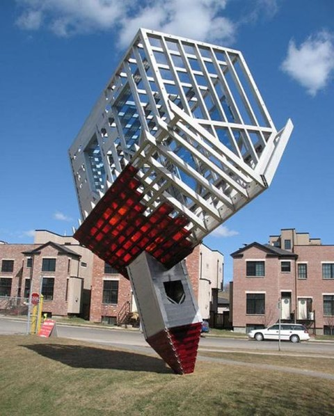 weirdest_outdoor_sculptures_on_the_planet_640_13
