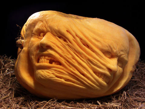 the_most_outrageous_pumpkin_carvings_ever_640_28
