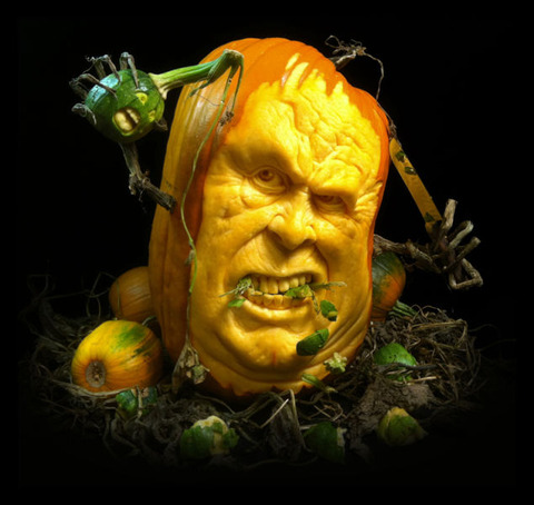 the_most_outrageous_pumpkin_carvings_ever_640_12