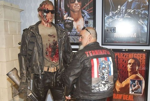 a_museum_dedicated_to_the_terminator_640_01