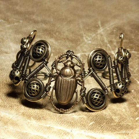 awesome_steampunk_jewelry_640_13