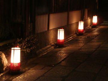 石塀小路の行灯
