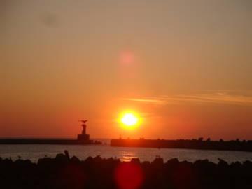 由良に沈む夕陽