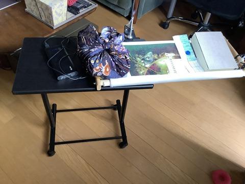 昇降テーブルを使った新しい刺繍台