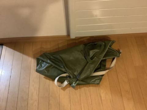 自立できないバッグ