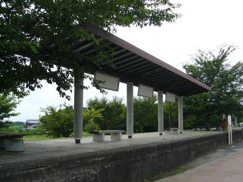 201108tsukuba055筑波駅