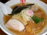 京都千丸しゃかりき 豚骨煮干し中華そば(ワンタン入り)