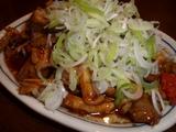 麺・粥 けんけん ガッチャン(もつの味噌炒め)