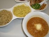 タンポポ 鶏白湯味噌つけ麺麺