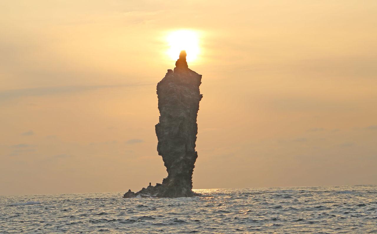 隠岐を応援。隠岐 ローソク岩、竹島の石、アシカ漁 竹島で 明治時代 ...