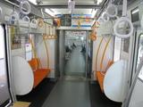 西武線新車両(内観:優先席付近)