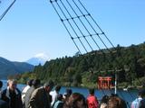 富士山[芦ノ湖-海賊船上](071028)