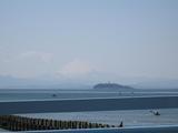 江ノ島&富士山(渚橋2009.04.02)