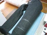 下地材[発泡ウレタン板]-デニムジーンズに装着-3