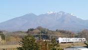 八ヶ岳(20140424)セブンイレブン裏「あずさ4号」