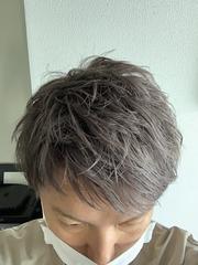 髪色変えました