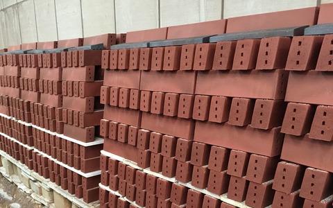 flow-red-bricks